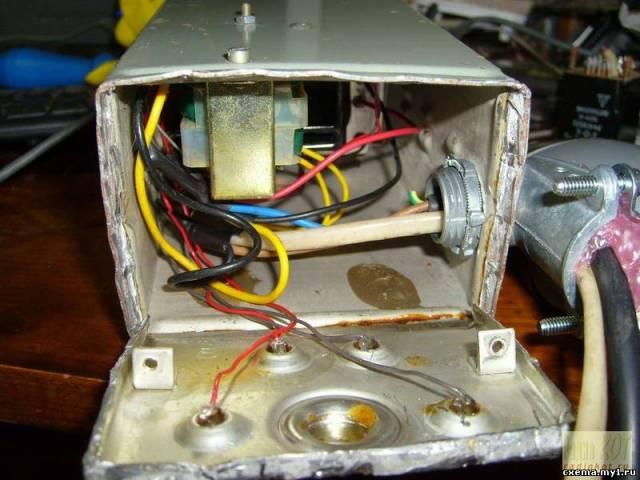 Конроль запуска компрессора с помощью... акселерометра.