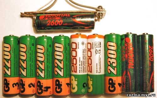 Умная зарядка NiMh AA аккумуляторов.