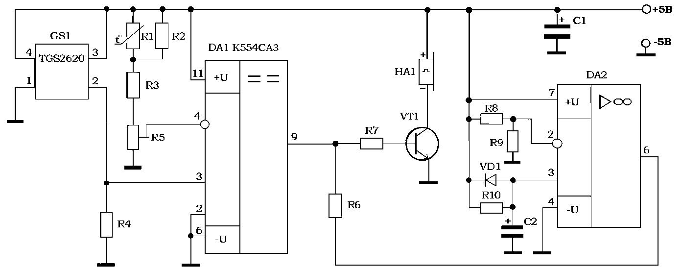 В ней выход микросхемы DA2